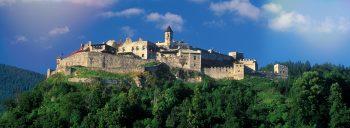Burg Landskron Hotel zur Post Burg Landskron im Sommer